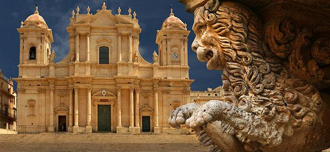 cattedrale-noto-villa-canisello